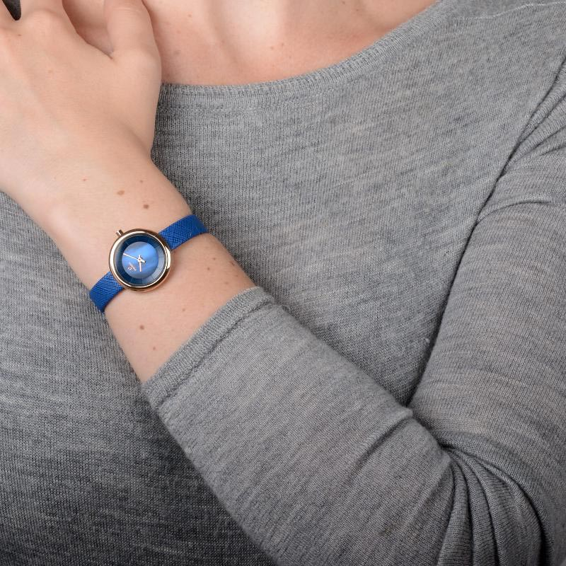 Obaku Women watch STILLE - NAVY WRIST view