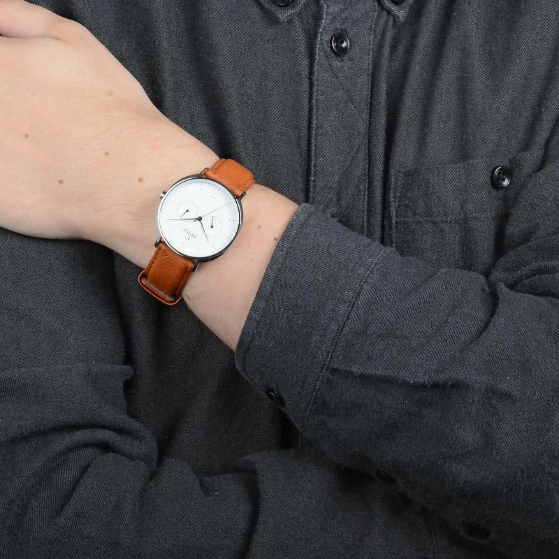 Obaku Men watch AHORN - COGNAC WRIST view